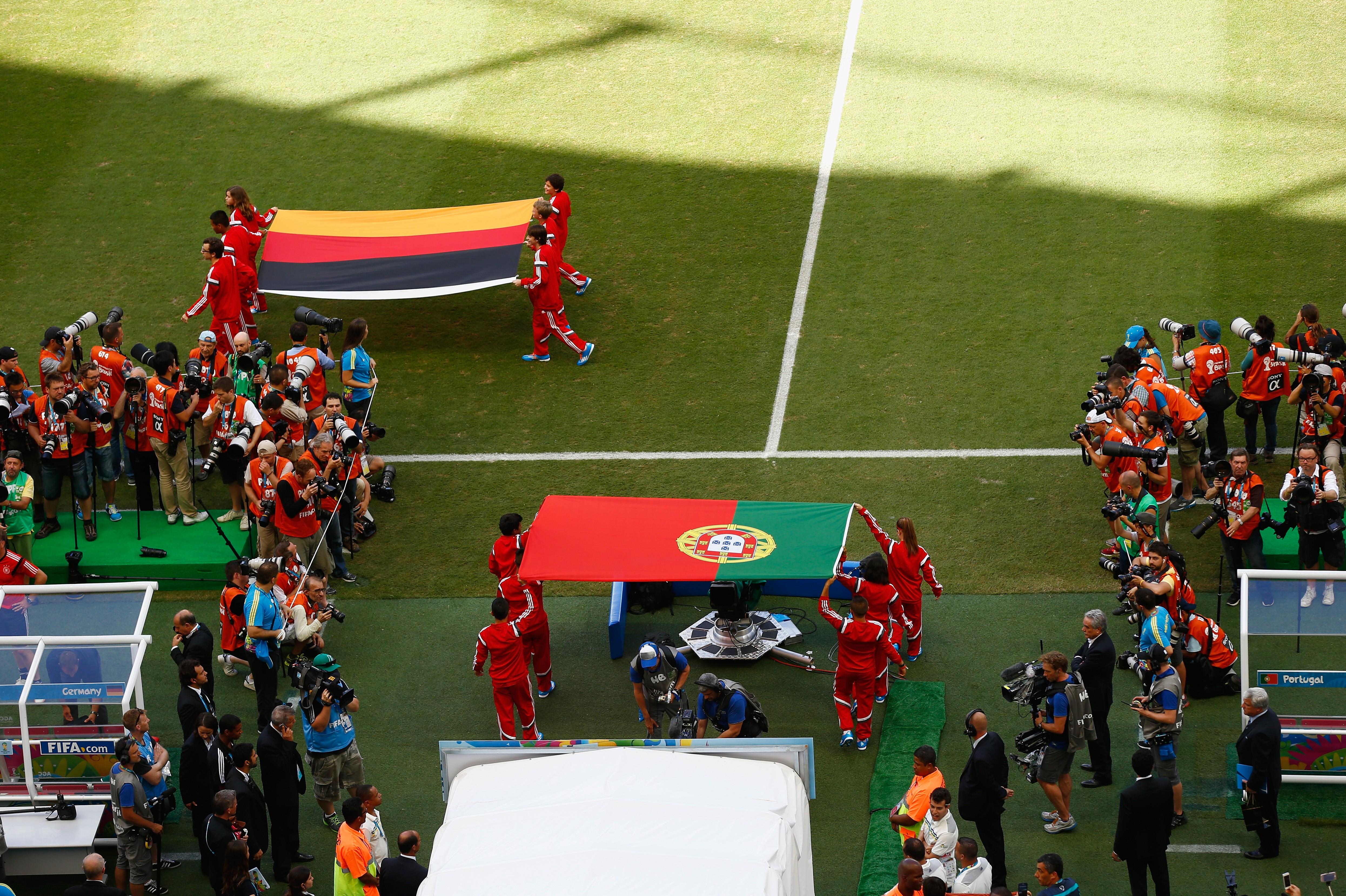 Германия - Португалия 4:0. Герд Мюллер - изображение 3