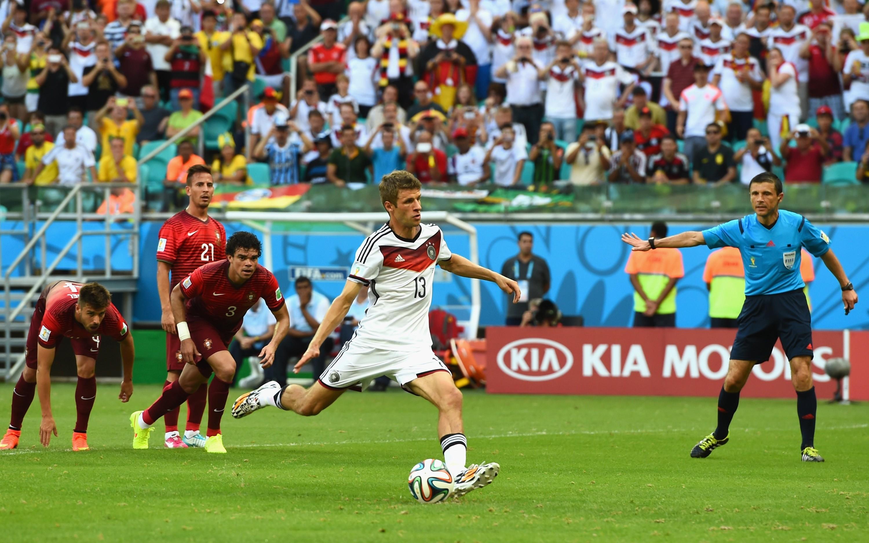 Германия - Португалия 4:0. Герд Мюллер - изображение 4