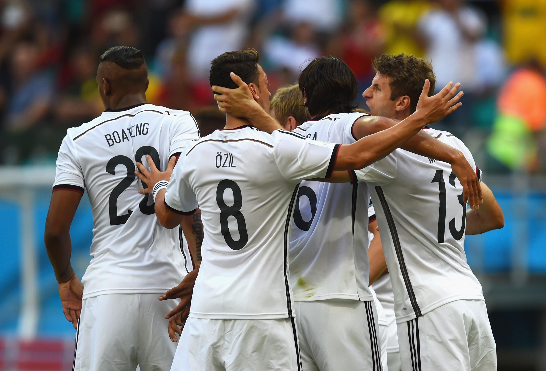 Германия - Португалия 4:0. Герд Мюллер - изображение 5
