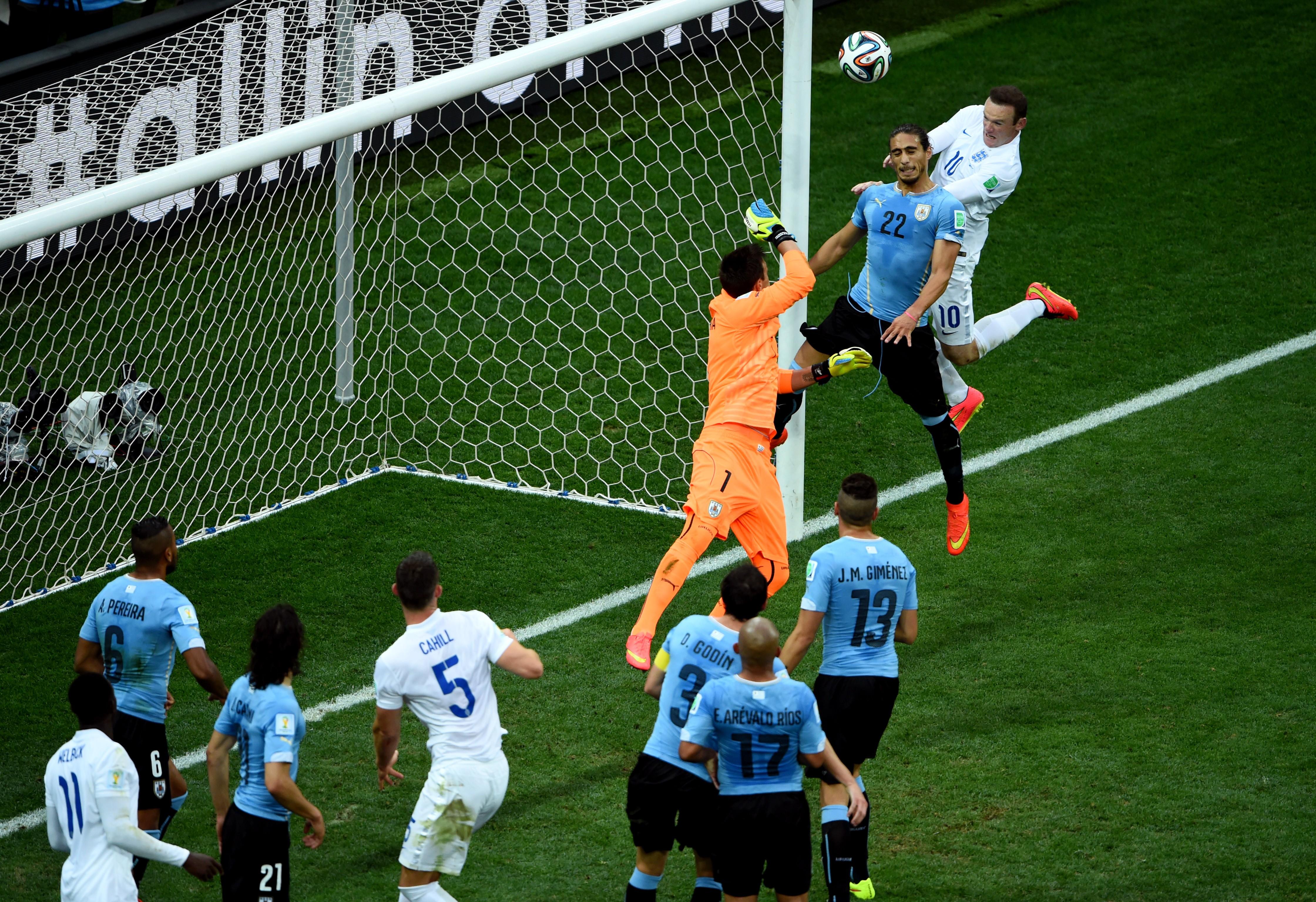 Уругвай - Англия 2:1. Большое возвращение Суареса - изображение 6