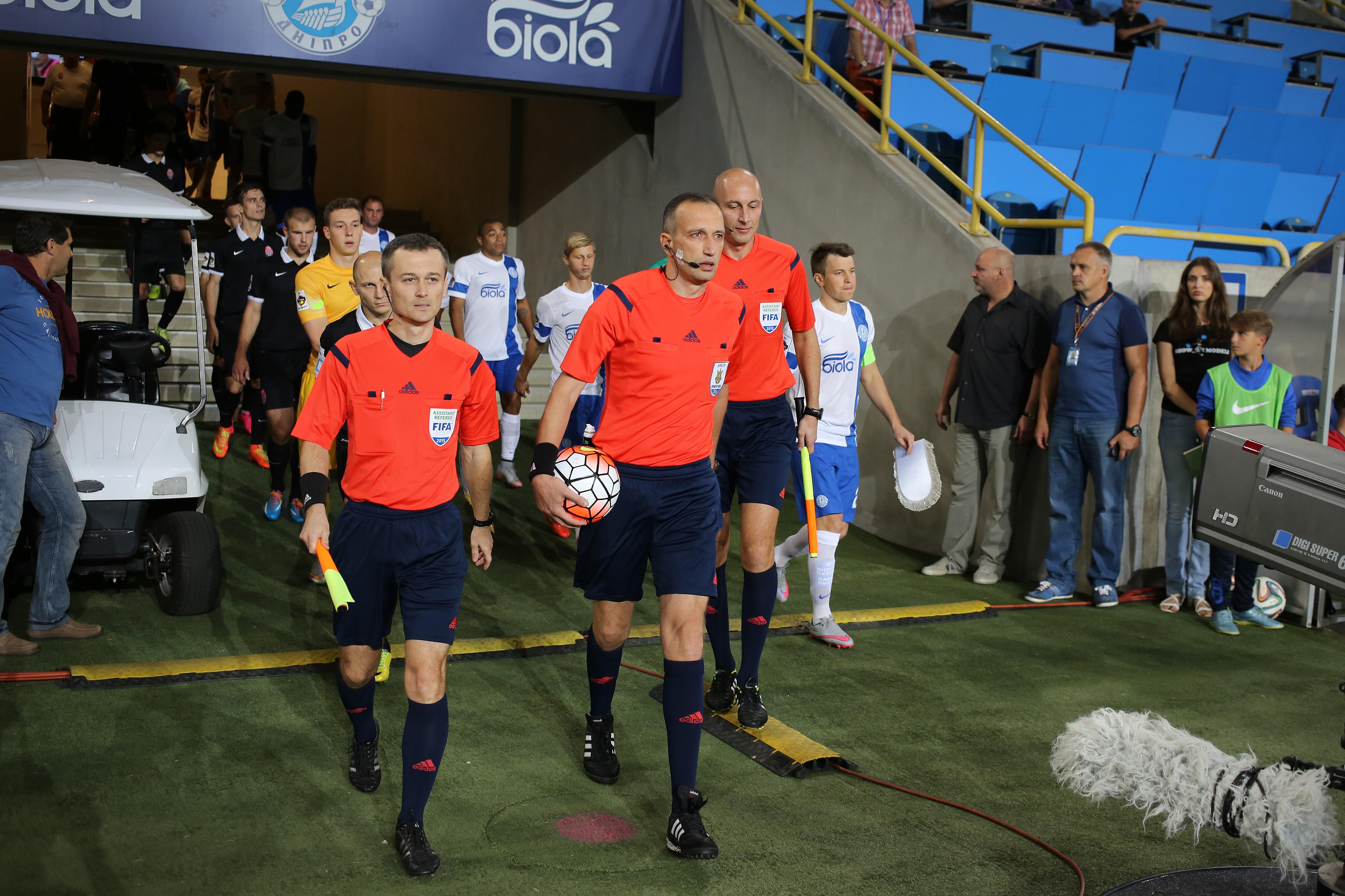 http://photo.ua-football.com/img/albums/1488/2015-09-20_523B5560A.jpg