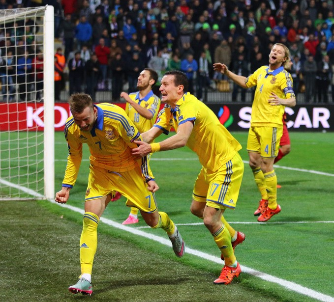 Сборная чемпионата Украины-2015. Версия UA-Футбол. Правый атакующий хавбек - Андрей Ярмоленко - изображение 3