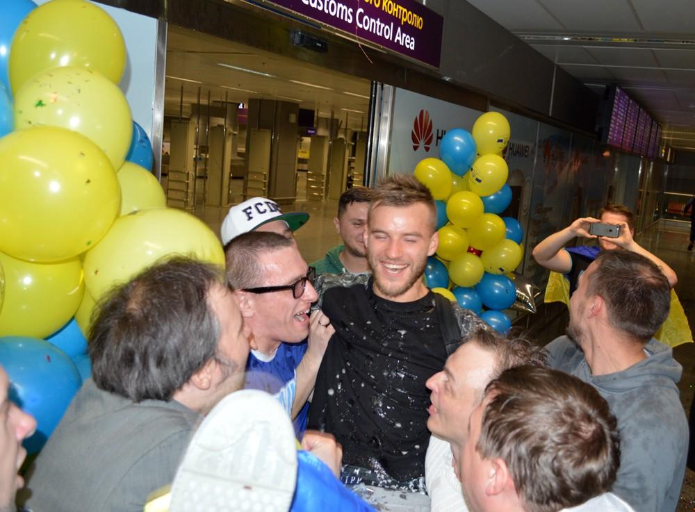 Возвращение сборной Украины из Словении