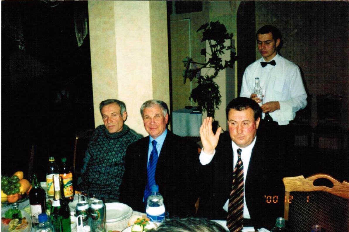 Микола Пінчук: Вже будучи тренером, Лобан у Дніпрі бігав 800 метрів швидше за діючих гравців - изображение 12