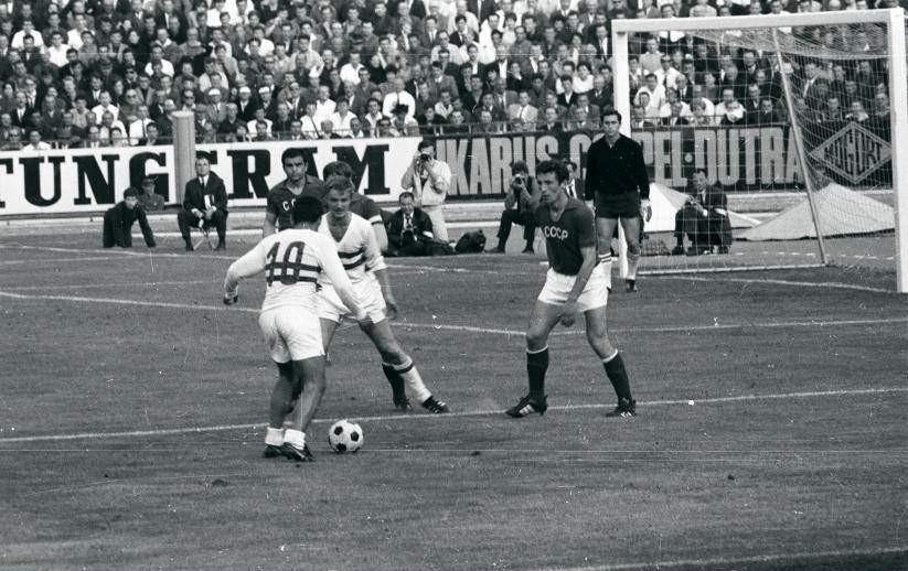 Украинцы на Евро. 1968 и 1972. Владимир Капличный - изображение 7