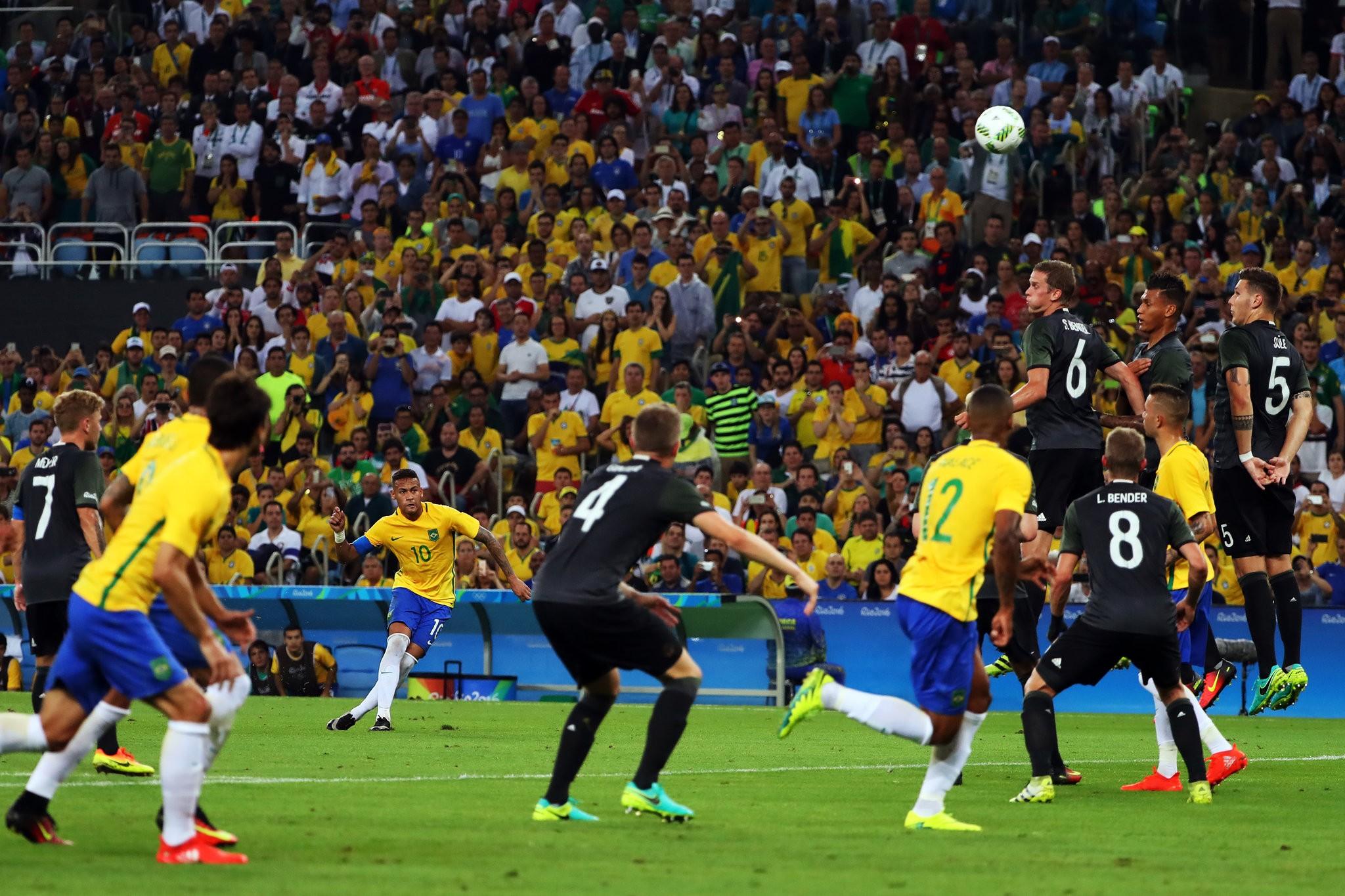 ставки на футбол сегодня германия с бразилеей