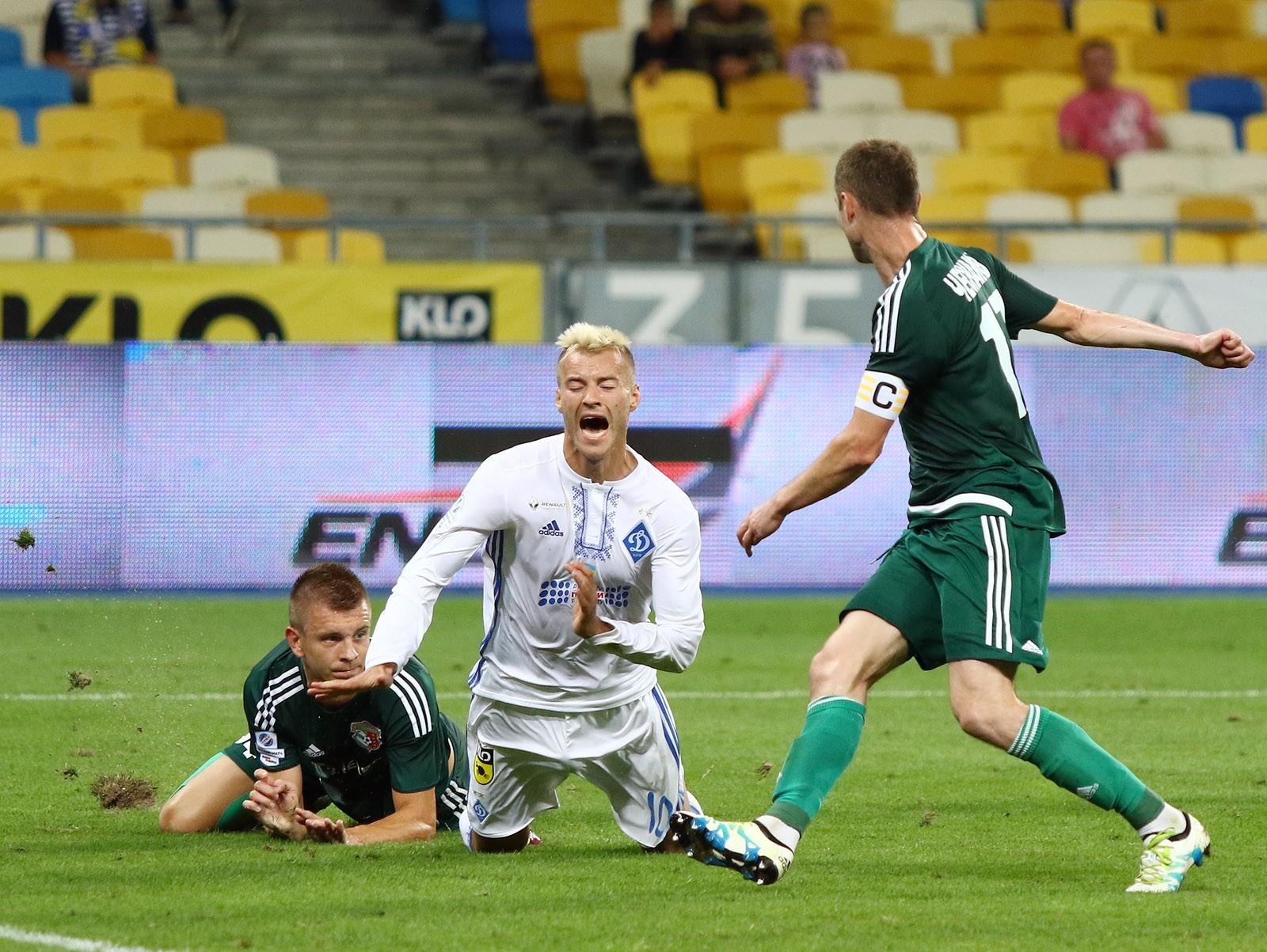 Динамо сенсационно уступает Ворскле вКиеве