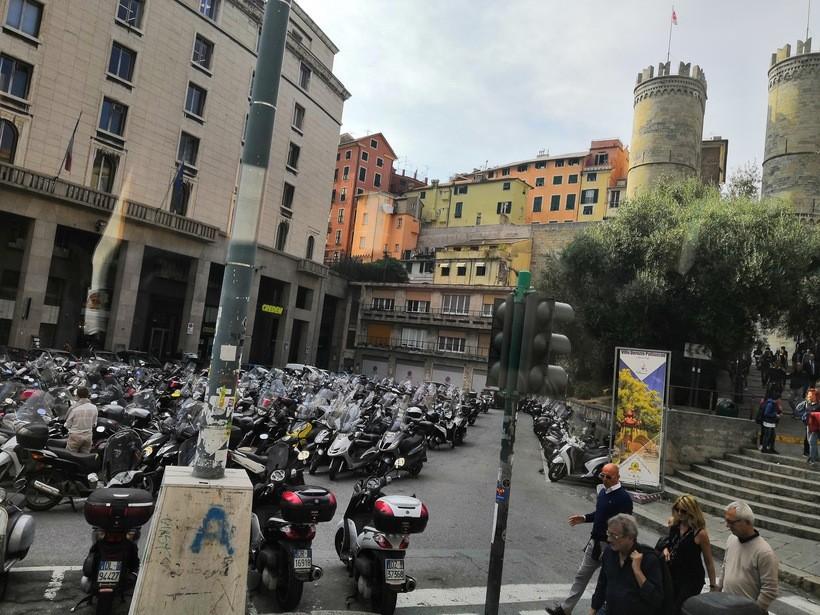 Контрастные игры в царстве неоднозначности. Любовь и ненависть Генуи - изображение 24
